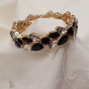 Jewelry - Rhinestone and black faceted stretch bracelet